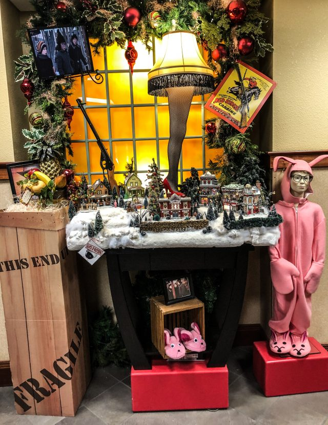 The Inn at Christmas Place Displays