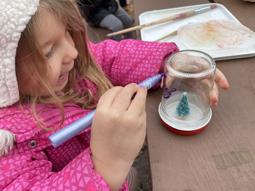Art Play Hike Cincinnati: Snowglobe Making