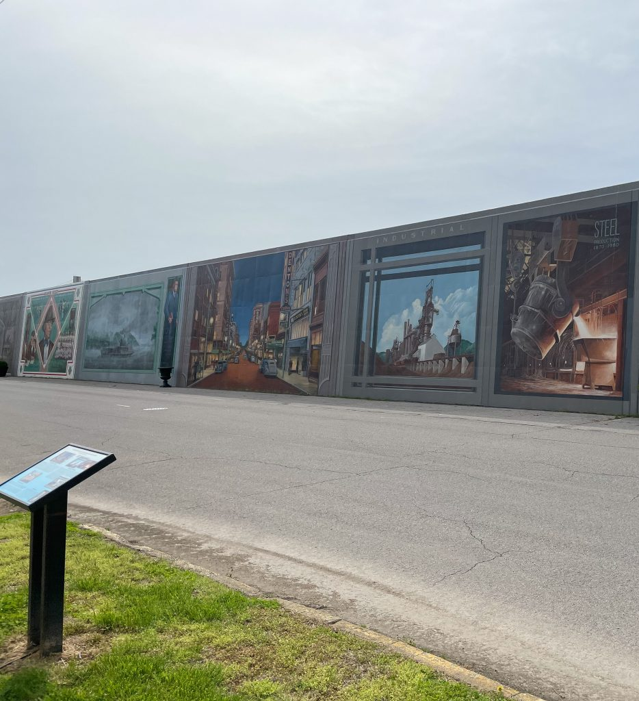 Self-guided tour of Portsmouth Floodwall Murals